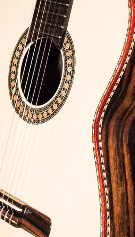 Macassar Ebony Back and Sides, Masterpiece Concert Classical Guitar