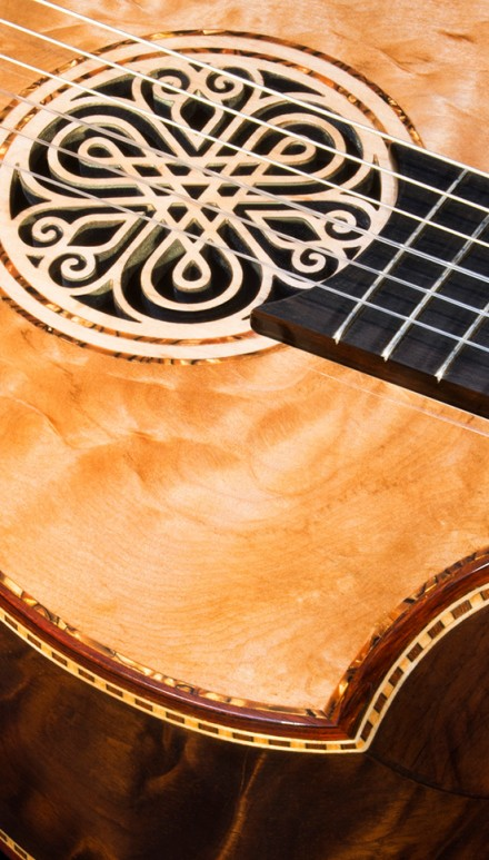 Brazilian Rosewood B&S, Quilted Maple top, Da Vinci Model Concert Classical Guitar