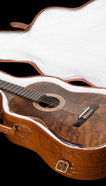 Indian Rosewood B&S, Bastogne Walnut top Concert Classical Guitar