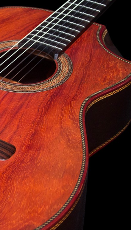 Indonesian Rosewood B&S, Figured Redwood top Concert Classical Guitar