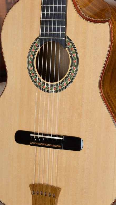 Paraguayan Lapacho B&S, Port Orford top Concert Classical Guitar