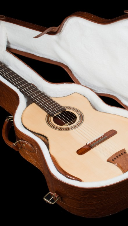 Lacewood B&S, Spruce top Concert Classical Guitar