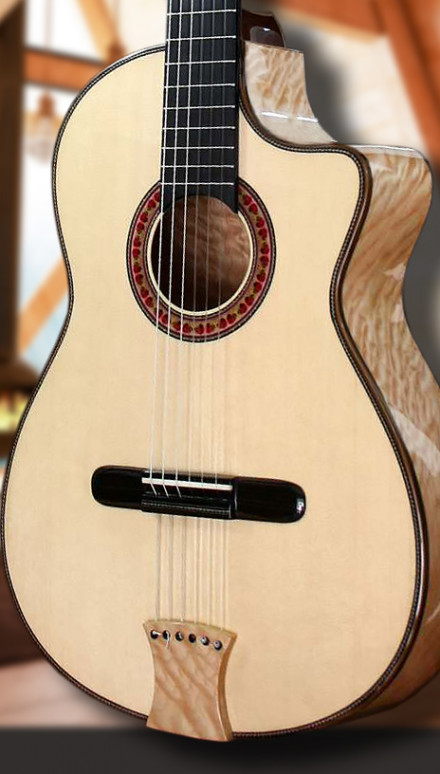 Quilted Maple B&S, Italian Spruce top Concert Classical Guitar