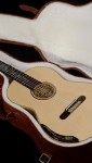 Indonesian Mango B&S, Spruce top Concert Classical Guitar